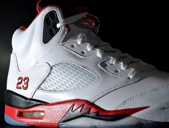 "Air Jordan V ""Fire Red"" – Arriving at Retailers"