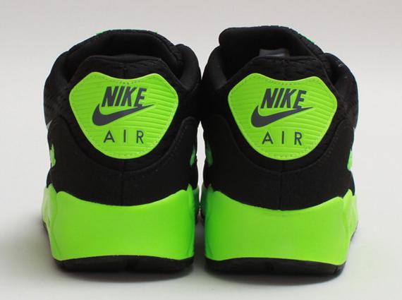 womens air max 90 em green black
