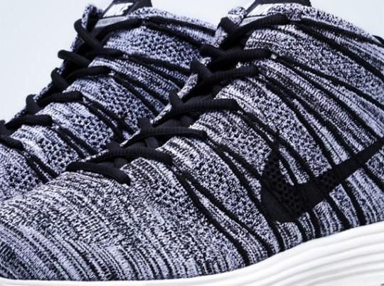 Nike Flyknit Chukka – Black – White – Sail