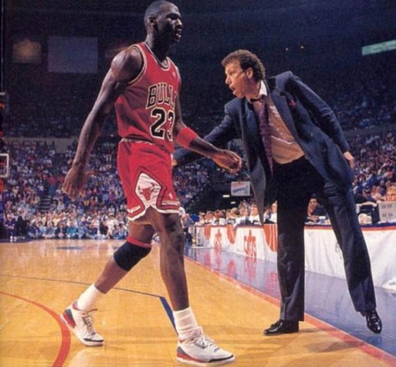 Premonición Tranvía paso  Complex's The 25 Best Michael Jordan Sneaker Pics on Tumblr -  SneakerNews.com