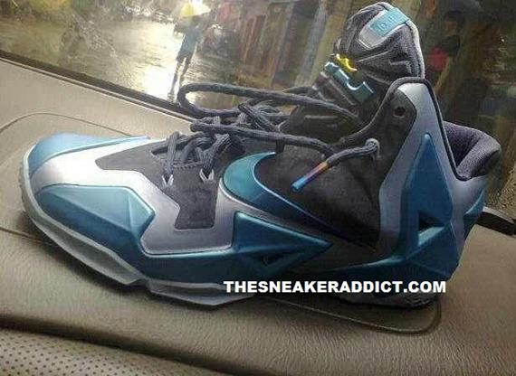 ab5a392346b Nike LeBron 11. Armory Slate Gamma Blue-Light Armory Blue 616175-401 10 2013