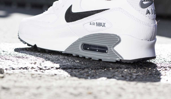 nike air max 90 essential leather white
