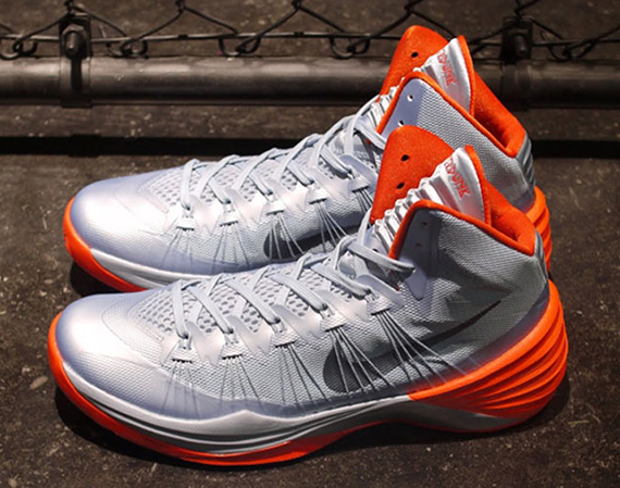 reputable site c5170 e6cfd Nike Hyperdunk 2013 - Light Armory Blue - Team Orange - SneakerNews.com