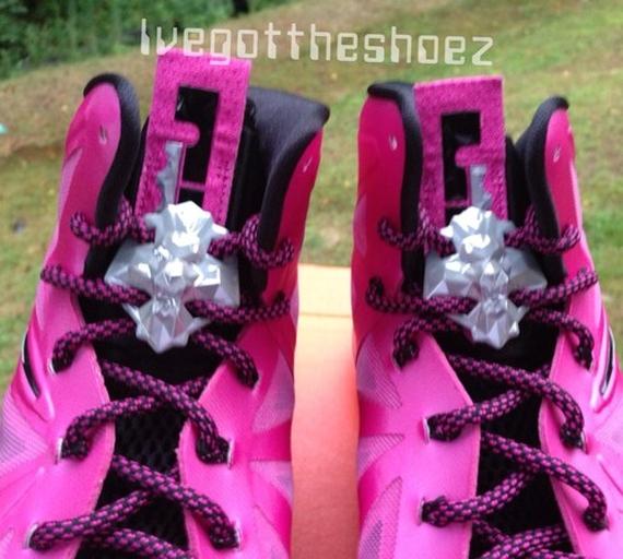 super popular 2cccb cb3e7 Nike LeBron X