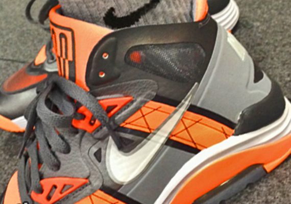 wholesale dealer fe486 64638 Nike Lunar 180 Trainer SC – Grey – Orange