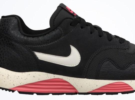 Nike Lunar Terra Safari – Dark Charcoal – Atomic Red