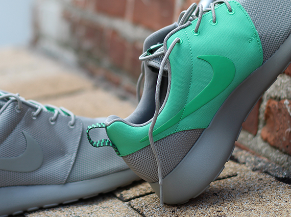 nike roshe run split grey\/green in living