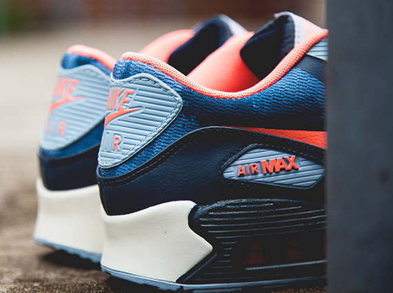 Wmns Nike Air Max 90 Premium Tape Armry Blue Atomic Pink