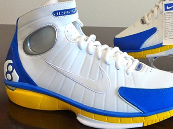 cb21a02c2ddd on sale Nike Zoom Huarache 2k4 Kobe Bryant Look-See Sample ...