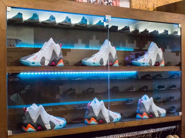 "431719890431 Packer Shoes x Reebok Kamikaze II ""Remember the Alamo"" – Release Recap -  SneakerNews.com"