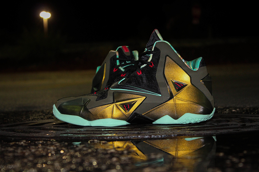 huge selection of d8a43 e3a08 ... low price nike lebron xi parachute gold arctic green dark loden black  616175 700 10 12