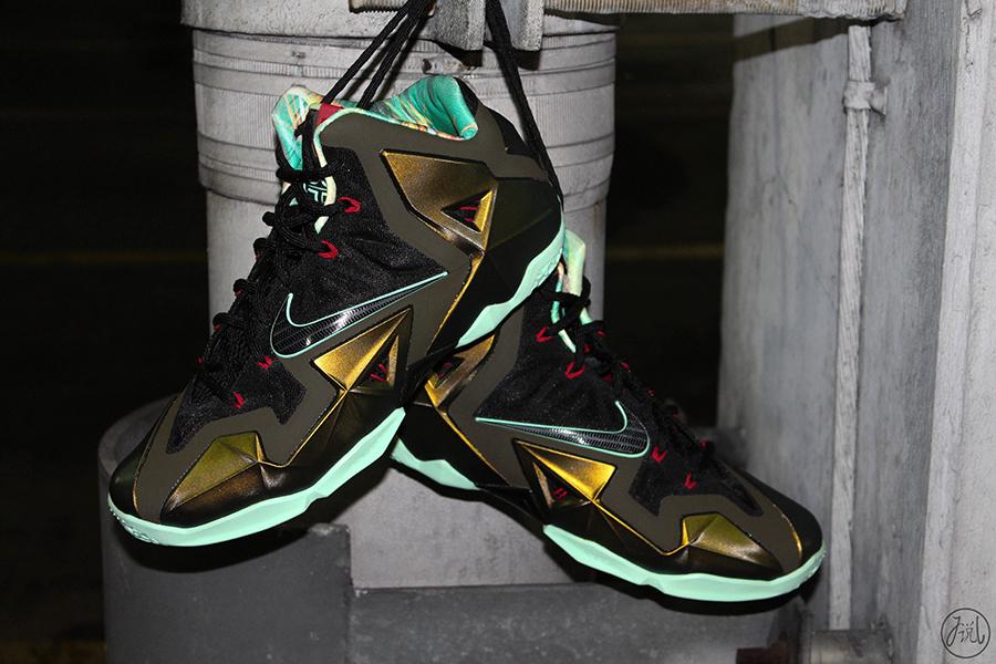 a71452d1811bf Nike LeBron 11