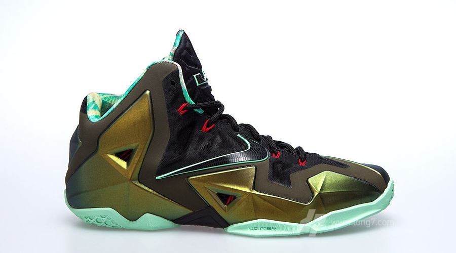 great fit 2b883 44200 LeBron 11 Details