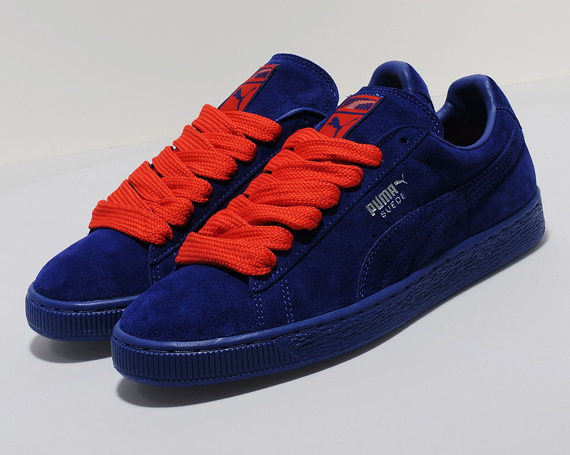 dark blue puma shoes