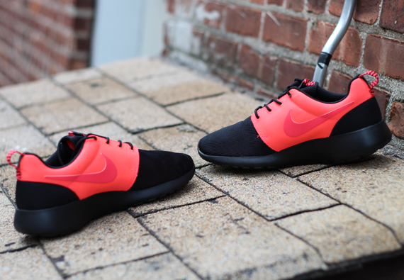 Nike Roshe Ejecutar Negro Atómica Buye Roja 70dmbM3OPp