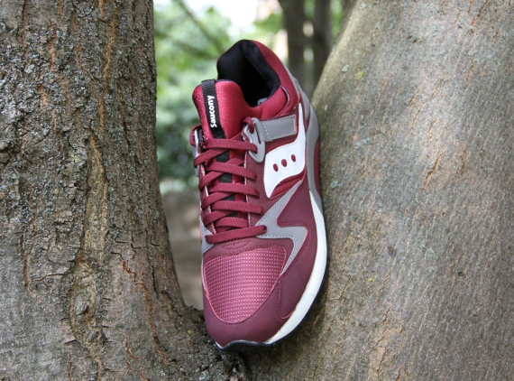 wholesale dealer 7b86b 8e5e0 Saucony Grid 9000 - Burgundy - Grey - SneakerNews.com