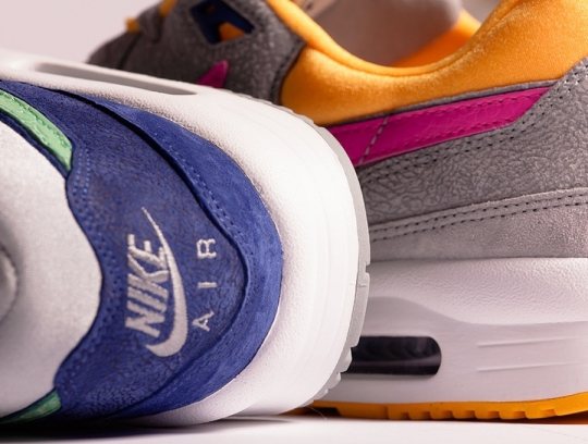 """Size? x Nike Air Max Light """"Cement Pack"""""""
