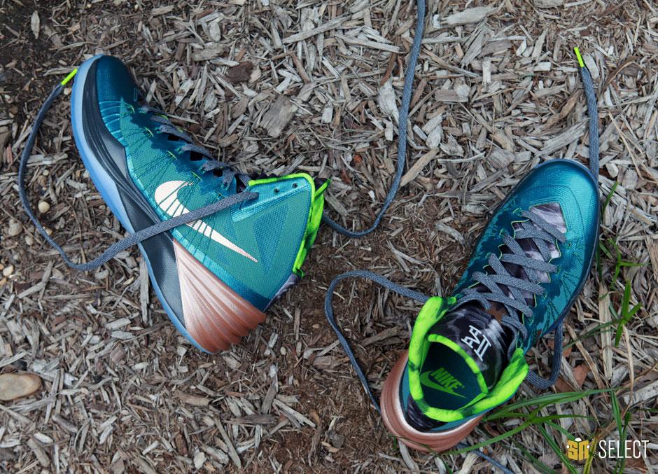 979b2984f1c1 ... Sneaker News Select Nike Hyperdunk 2013 Kyrie Irving PE ...