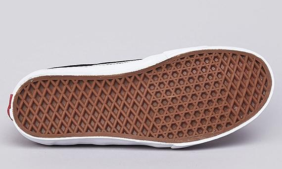3c4fa29f67 Wade Speyer x Vans Syndicate Sk8-Low - SneakerNews.com