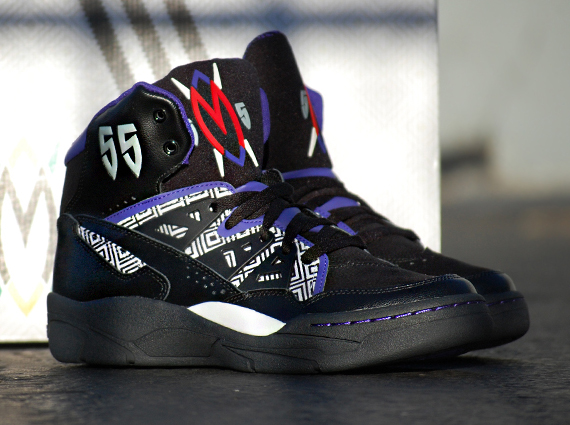adidas Mutombo Black Purple | Arriving at Retailers