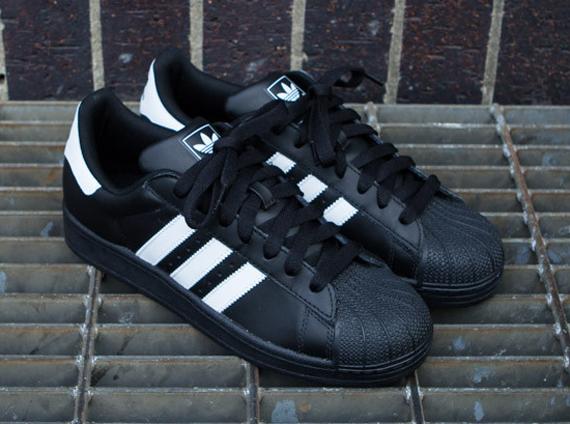 Adidas Originales Superestrella 2 Del Hombre yd9VlwVcq