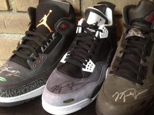 "Air Jordan Retro ""Fear Pack"" – Michael Jordan Autographed Set"