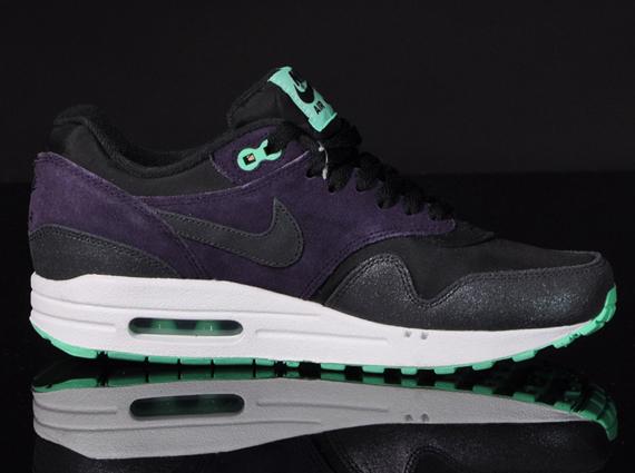 nike air max black purple mint