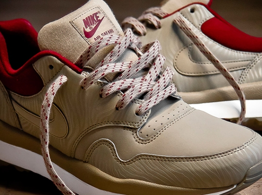 Nike Air Safari – Bamboo – Team Red