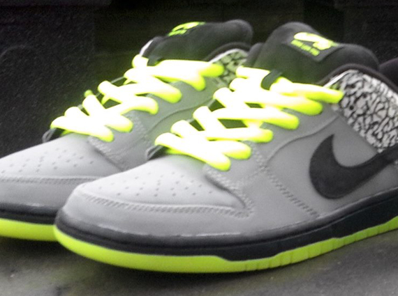cheap for discount 47683 7c647 DJ Clark Kent x Nike SB Dunk Low - SneakerNews.com