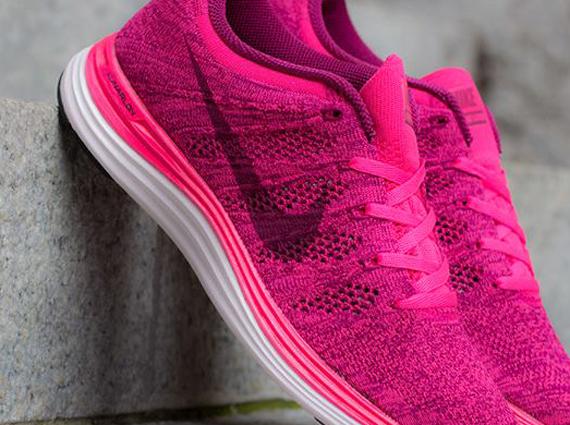 the best attitude 47909 303e4 Nike WMNS Flyknit Lunar1+ Pink Flash – Raspberry Red