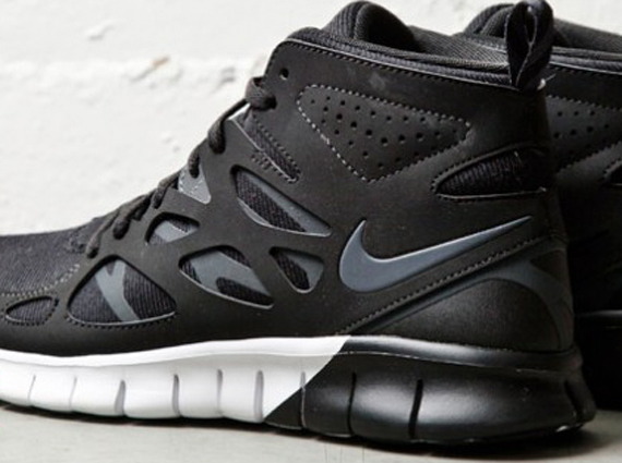 san francisco 2e82a 5ab33 Nike WMNS Free Run 2 SneakerBoot - SneakerNews.com