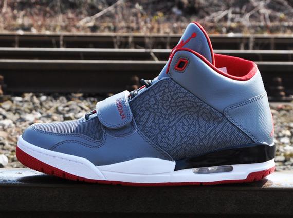 hot sale online b6026 9d098 Jordan Flight Club 90s - Cool Grey - Gym Red - SneakerNews.com