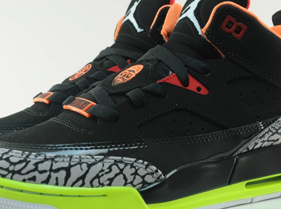 free shipping 14629 fca1a Jordan Son of Mars Low GS – Black – Light Armory Blue – Volt – Orange