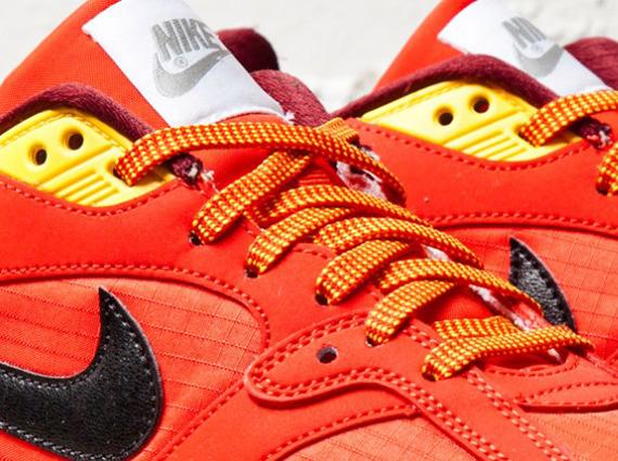 Nike Air Base II Challenge Red Laser Orange