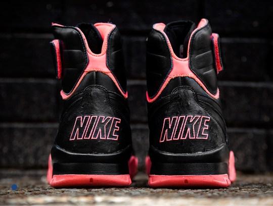 Nike Air Shark Trainer PRM – Black – Crimson