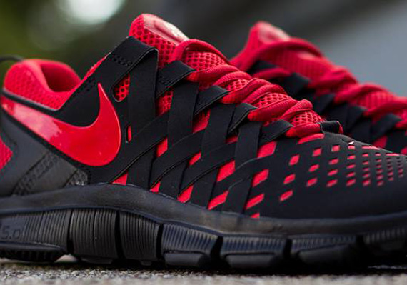 red nike free trainer 5.0