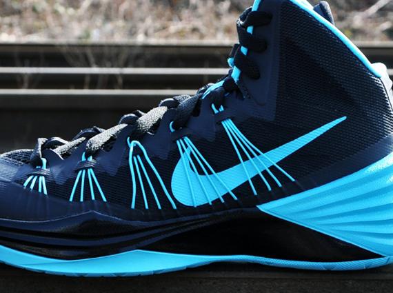 Nike Hyperdunk 2013 - Black - Gamma Blue - SneakerNews.com