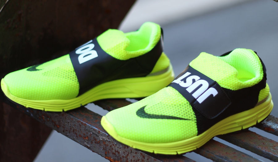 nike-lunar-fly-306-just-do-it-available-06.jpg