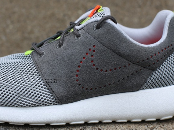 Nike Roshe Run Grey