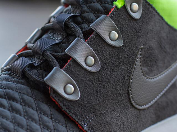 c71c46879a70f Nike Roshe Run Mid Winter - Newsprint - Smoke - Volt - SneakerNews.com