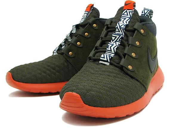 new concept 8b481 9dc6a Nike Roshe Run SneakerBoot - Dark Loden - Orange - SneakerNews.com