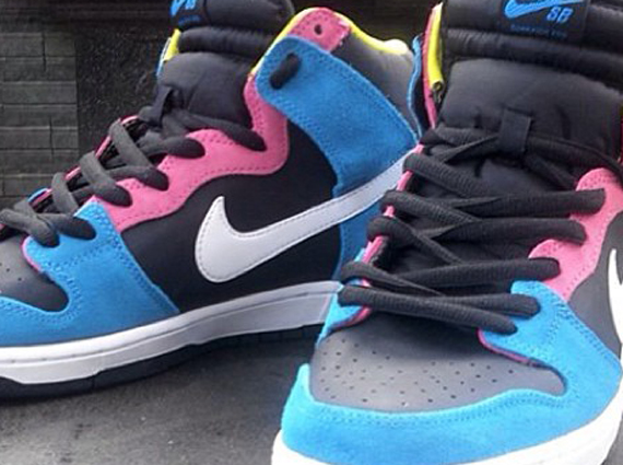 sports shoes 774b8 f7b8b Nike SB Dunk High