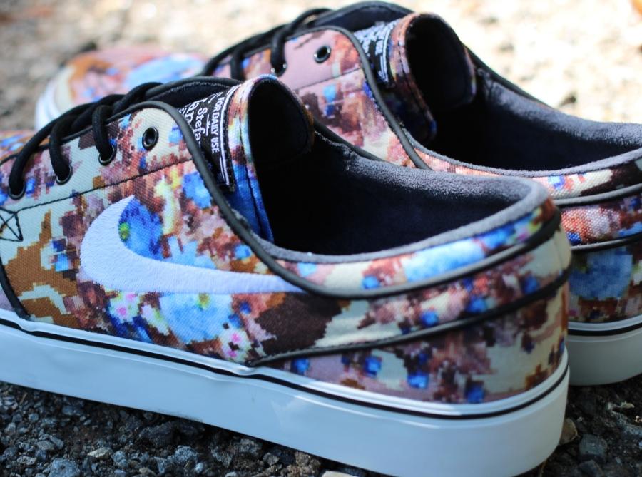 Nike Janoski Floral Price