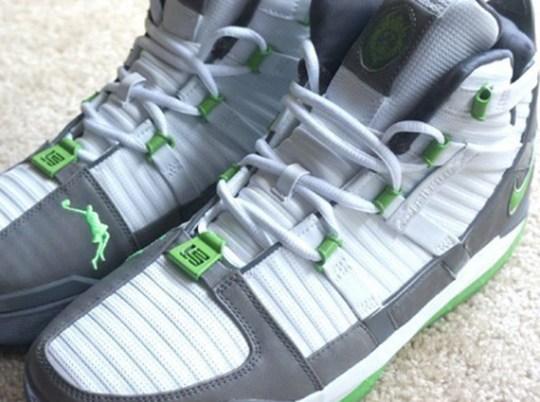 "Nike Zoom LeBron 3 ""Dunkman"" on eBay"