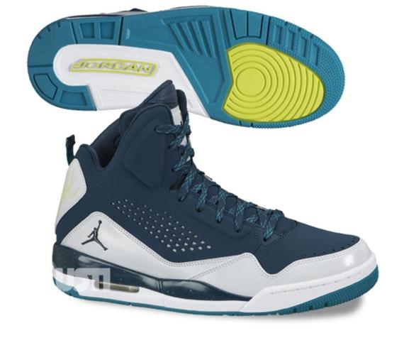 Jordan SC-3. Color  Nightshade Pure Platinum-Lush Teal Style Code   629877-303. Price   125 26bc41dec