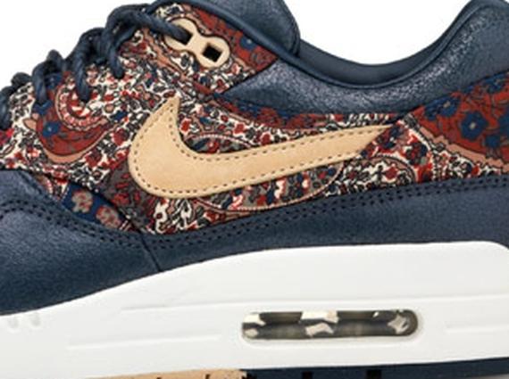 nike dunk orange et bleu - Liberty x Nike WMNS SneakerBoot Collection - SneakerNews.com