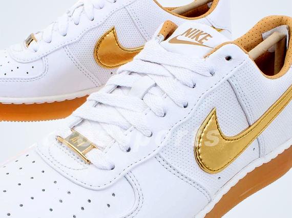 Nike Air Force 1 Or Blanc Du Centre-ville