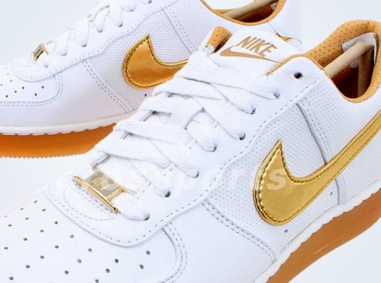 Nike Air Force 1 Downtown PRM – White – Gold – Gum