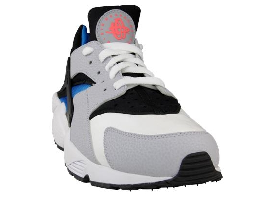 Nike Air Huarache LE - White - Wolf Grey - Blue Hero - SneakerNews.com