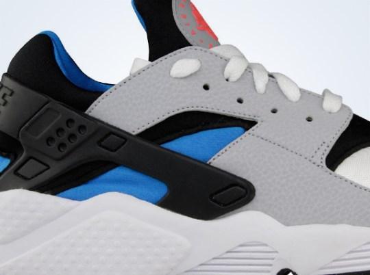 Nike Air Huarache LE – White – Wolf Grey – Blue Hero
